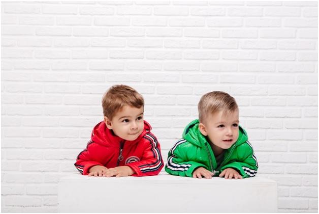 детские демисезонные костюмы