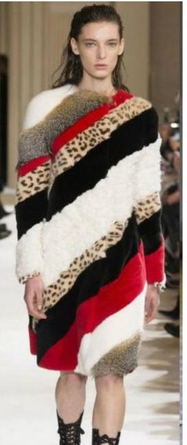 платье со вставками в стиле колорблокинг