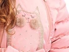 принт с котом на детской верхней одежде