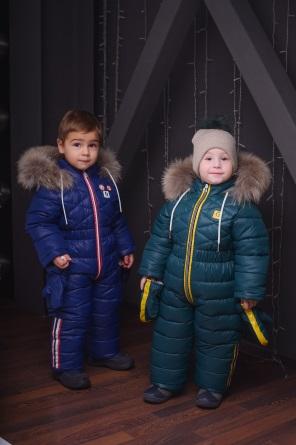 детские зимние комбинезоны с лампасами