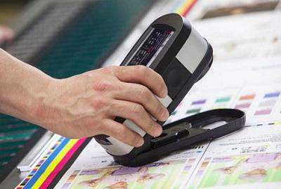 проверка ткани на цветовое соответствие фото