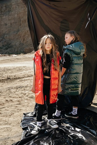 утепленные жилеты для девочек